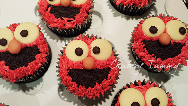 Elmo Red Velvet Cupcakes Chubby Tummy Home Cakery